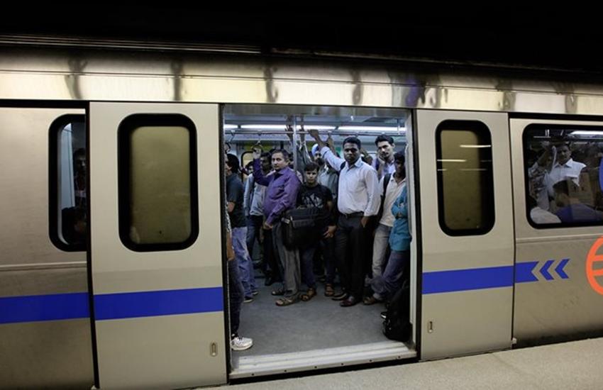 Metro, Delhi metro, metro fare, Delhi metro fare, aap, bjp, narendra modi, Hindi news, Delhi news, new in Hindi, Jansatta