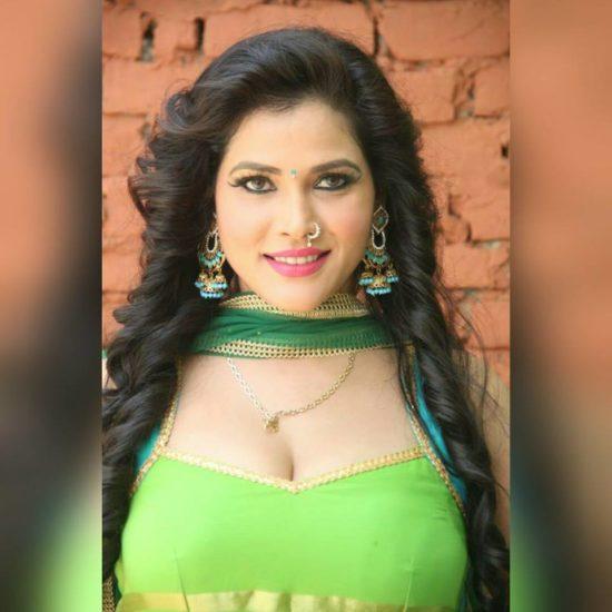 seema Sing, Bhojpuri ACtress Seema Singh, Seema Singh Bhopuri Film, Seema Singh Movies, Seema Singh Photos