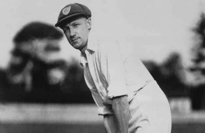 Don Bradman, batted at an average of 99.94, hit only 6 sixes, career, Don Bradman hit only 6 sixes, Don Bradman career, Don Bradman batting, Don Bradman records