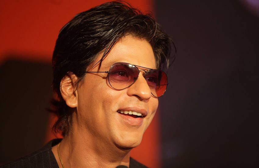 Shahrukh Khan, Shahrukh Khan Tweet, SRK Tweet, Shahrukh Khan Gallary, Shahrukh Khan Screen Shot, Shahrukh Khan KIFF, KIFF SRK, Shahrukh Khan News, Shahrukh Khan Story, Shahrukh Khan in Kolkata, Shahrukh Khan News