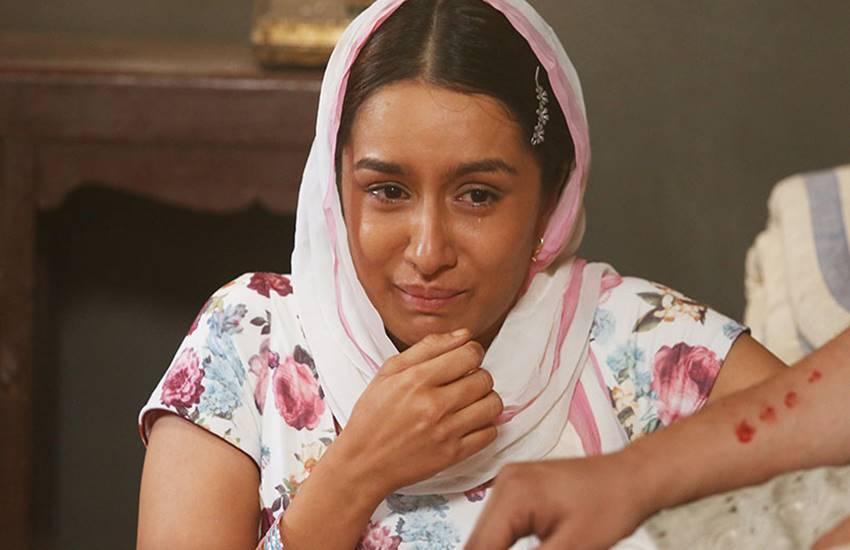 Shraddha Kapoor, Shraddha Kapoor made Break Down On The Sets, Shraddha Kapoor cried on Haseena Parkar set, bollywood news, Shraddha Kapoor, Shraddha Kapoor made Break Down On The Sets, Shraddha Kapoor cried on Haseena Parkar set, bollywood news, Shraddha Kapoor, Haseena Parkar, Nagpada Godmother Haseena Parkar, Nagpada Godmother, Nagpada Godmother Grandkids, Haseena Parkar, Shraddha Kapoor, Haseena Parkar, Nagpada Godmother Haseena Parkar, Nagpada Godmother, Nagpada Godmother Grandkids, Haseena Parkar, bollywood news, entertainment news in hindi, bollywood updates in hindi, entertainment news, bollywood updates