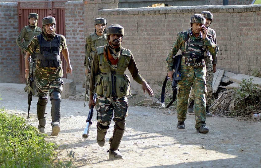Jammu and Kashmir, Indian Jawan martyred, Jawan martyred, Indian army, Pak forces, ceasefire violation by Pak, ceasefire violation, control, LoC