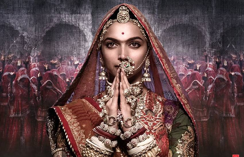 Deepika Padukone, Deepika Padukone Movie, Deepika Padukone Upcoming Movie, Deepika Padukone Padmavati, Padmavati Deepika Padukone, Deepika Padukone Look, Deepika Padukone in Padmavati, Deepika Padukone Lehanga, Deepika Padukone 30 Kgs Lehenga, Deepika Padukone Jewellery, Deepika Padukone Dress, Deepika Padukone Padmavati