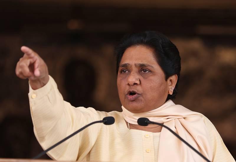 Mayawati, Mayawati attacks, Yogi Government, Akhilesh Yadav, Wasting Money, Wasting Money on Festivals, saifai mahotsav, saifai mahotsav in UP, Yogi Government in UP, Mayawati Statement, State news