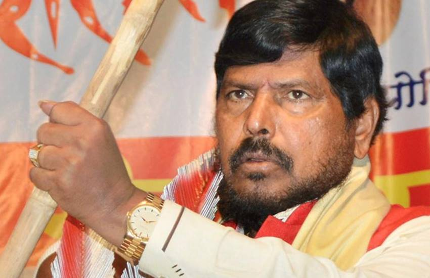 Ramdas Athawale, 2019 Lok Sabha Election, Republican Party of India, rpi, mega alliance, mahagatbandhan, pm modi, bjp, congress, sp, bsp, rld, Hindi news, News in Hindi jansatta