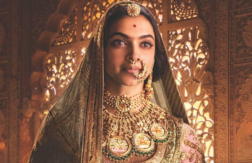 Padmavati Controversy, Padmavati Karni Sena, Padmavati Movie, Padmavati Full Movie Online, Padmavati Jaipur Fort, Padmavati Nahargarh Controversy, Padmavati REview