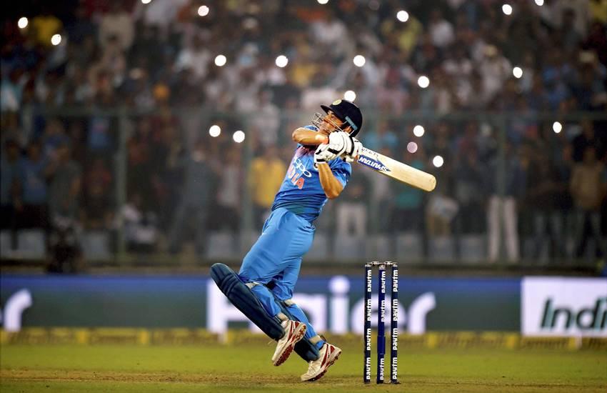 MS Dhoni, MS Dhoni Poor performance, MS Dhoni batting, MS Dhoni retire