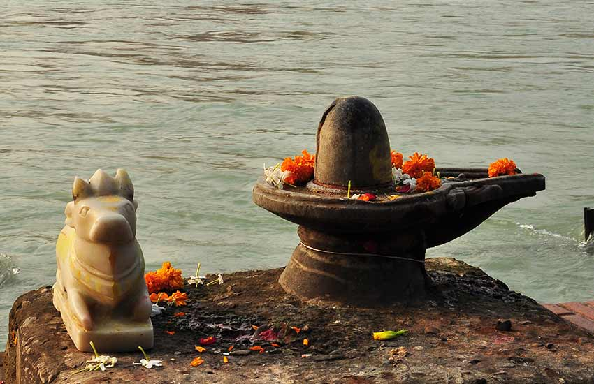 Jalmeshwar Temple, Jalmeshwar Temple facts, Jalmeshwar Temple benefits, Jalmeshwar Temple shivling, Jalmeshwar Temple in gujrat, Jalmeshwar shiv Temple, 5000 Years Old Shivling, Religion news
