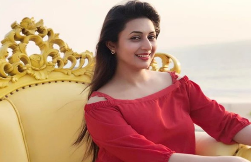Divyanka Tripathi, actress Divyanka Tripathi, Divyanka Tripathi on molestation, tv actress Divyanka Tripathi, Banoo Main Teri Dulhann, tv show Banoo Main Teri Dulhann, Ye Hai Mohabbatein, tv show Ye Hai Mohabbatein, star plus, ekta kapoor, producer Ye Hai Mohabbatein, Divyanka Tripathi on talk show, television, Entertainment, Jansatta