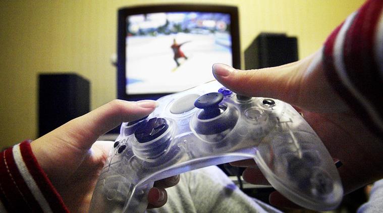 यूरोपिएन देश स्लोवाकिया में आंख को मरीजों को स्पेशल वीडियो गेम थेरेपी दी जाती है। इस थेरेपी में मरीजों को वीडियो गेम खिलाकर उनका इलाज किया जाता है।