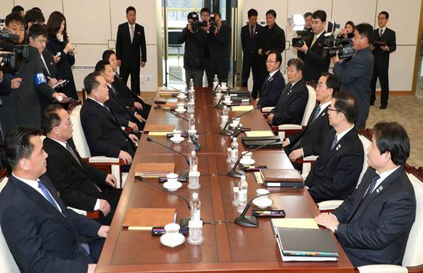 North Korea, South Korea, North Korea and South Korea, North Korea and South Korea Meeting, North Korea and South Korea talks, Talks After 2 Years, Formal Talks, Formal Talks between North Korea and South Korea, international news