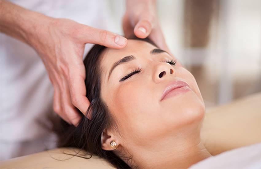 massage, massage therapy in hindi, massage benefits in hindi, head massage benefits in hindi, head massage benefits hair growth in hindi, hair massage tips in hindi, hair massage at home in hindi, health news in hindi, jansatta