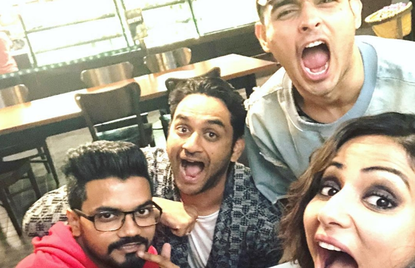 Hina Khan, bigg boss ex contestant Hina Khan, Hina Khan met Bigg Boss 11 co contestant, Vikas Gupta, Priyank Sharma, vikas complaining of hina khan, hina khan in video watch here, bigg boss 11 news, bigg boss contestant, bollywood news, television news, entertainment news