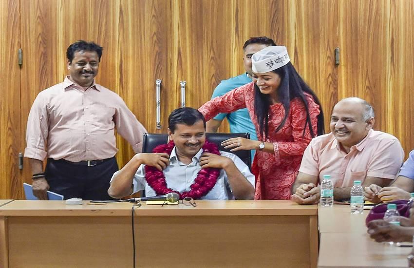 Arvind kejriwal, Delhi cm, Sealing, Hunger strike, aap, bjp, Delhi news, Hindi news, News in Hindi, Jansatta