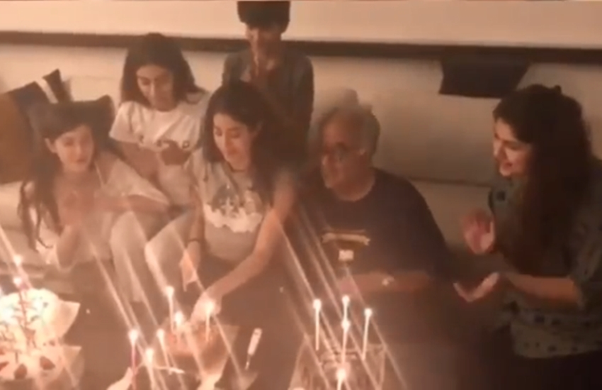 Janhvi Kapoor birthday photo, Happy birthday Janhvi Kapoor, boney kapoor, khushi kapoor, sridevi daughter, Janhvi Kapoor, sridevi daughter, sridevi daughter khushi and janhvi kapoor, Cousin Sonam Kapoor, janhvi kapoor Cousin Sonam Kapoor, Sonam Kapoor, reha Kapoor, sridevi, sridevi deth, jhanvi kahpor, entertainment news, bollywood news, television news