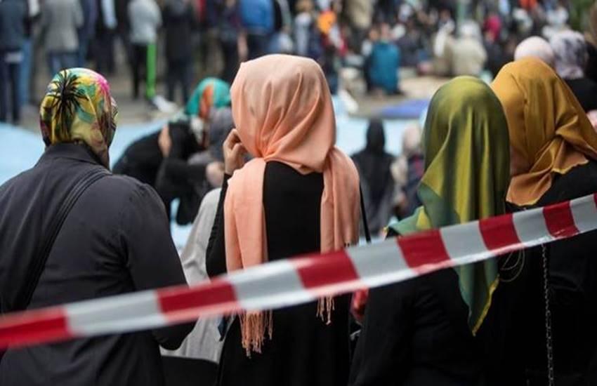 Islam, Islam in germany, Islam in europe, Islam and europe, Islam and germany, Islam article, article on islam, People Divided, People Divided in germany, Islam Part of Germany, Divided on This Question, international news