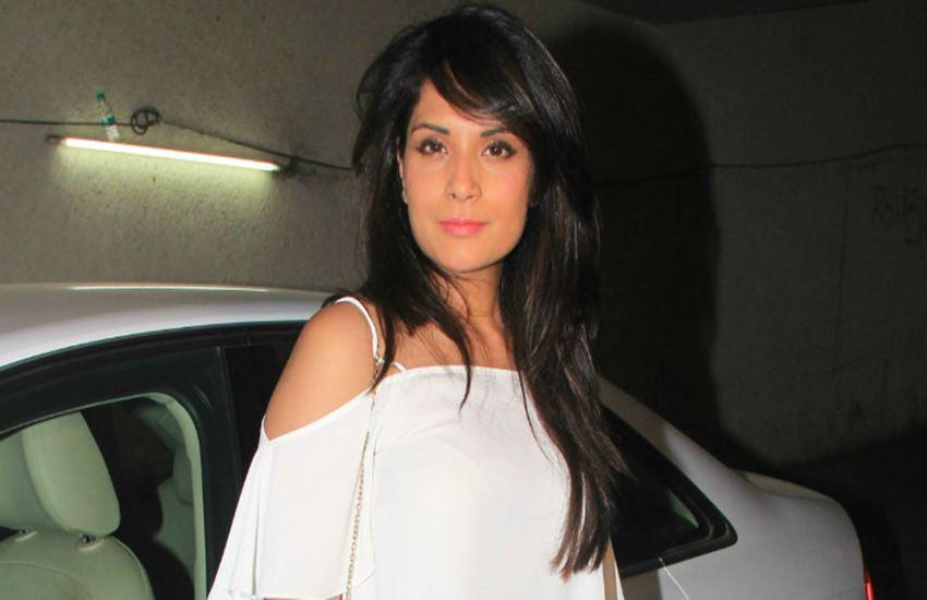 Richa Chadda, aadhar card, Richa Chadda troll, trolling, trending news, Hindi news, News in Hindi, Jansatta