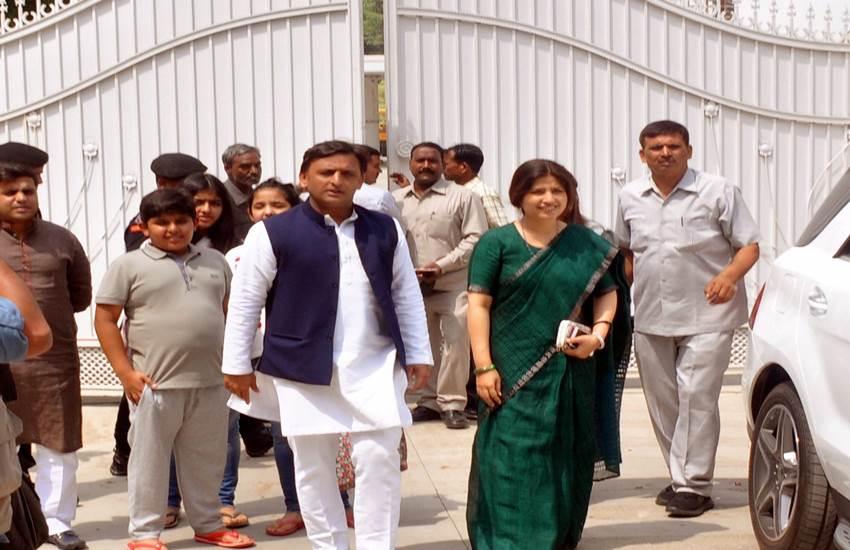 SP chief Akhilesh Yadav vacates official residence