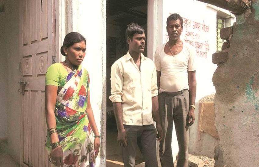 dalit, Dalits Marathas dispute, latur village, Latur, Latur tensions, dalit attacks, attack on dalits, dalit atrocities, dalit Marathas tension, Maharashtra, hindi news, news in Hindi, Jansatta