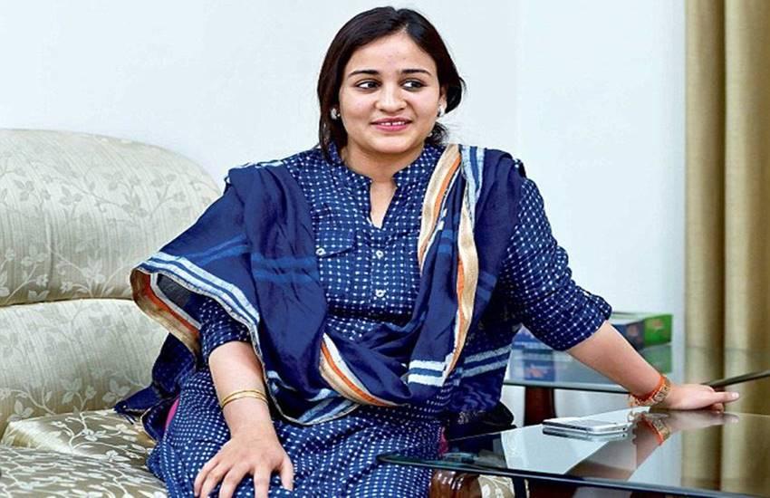 Aparna Yadav, mulayam singh yadav, sp, samajwadi party, akhilesh yadav, prateek yadav, nrc, assam nrc, mamta banerjee, tmc, civil war, Hindi news, news in Hindi, Jansatta