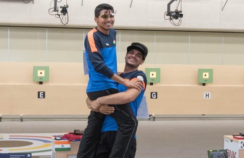 ISSFWCH, World Championship Podium, Saurabh Chaudhary, ISSFWCH, Junior World Champion, 10m Air Pistol, New World Record, 10m Air Pistol Men Junior Podium, Changwon, ISSFWCH, Gold Medal, India, Asian Games, Sports News, Hindi News