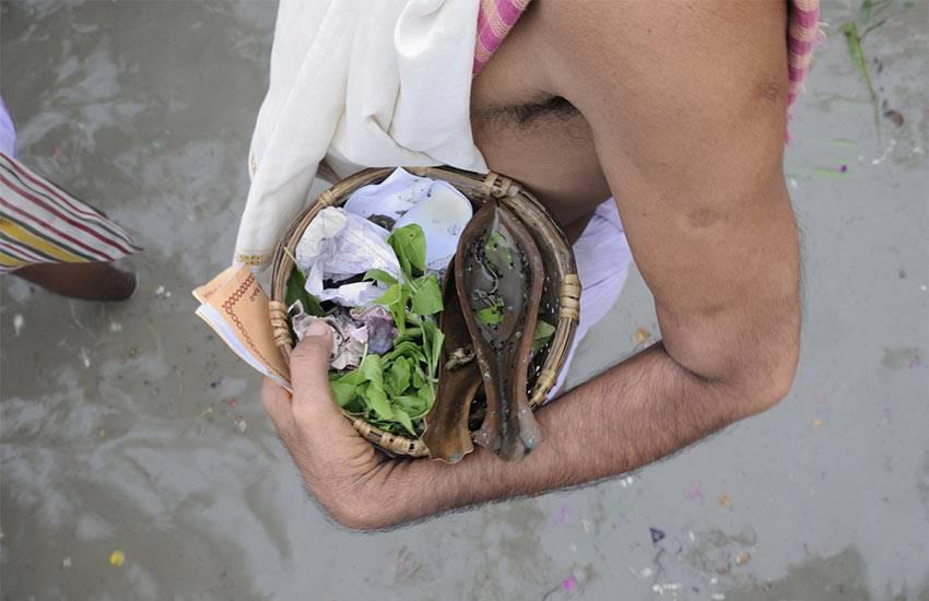 Pitru Paksh, Pitru Paksh 2018, Pitru Paksh vidhi, pind daan, pind daan vidhi, pind daan benefits, pind daan date, pind daan methods, Pitru Paksh puja, Pitru Paksh puja vidhi, Pitru Paksh worship, Pitru Paksh worship methods, shradh 2018, shradh, shradh vidhi, religion news