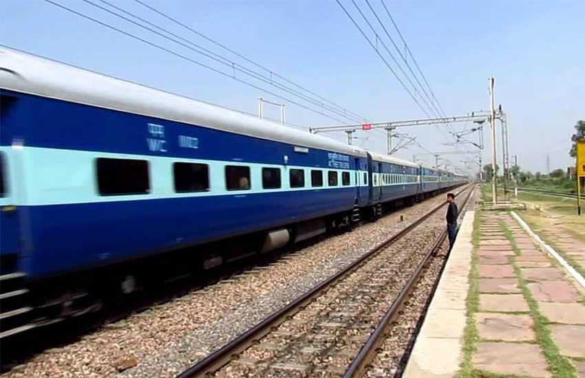 non interlocking, trains, indian railway, indian trains, train route, kolkata, gorakhpur, kathgodam, national ,news, lifestyle, lifestyle news, health, health news, hindi news, news in hindi, jansatta