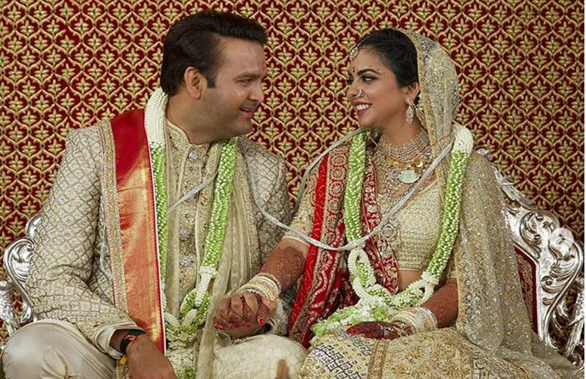 isha ambani, isha ambani wedding, isha ambani anand piramal, isha ambani anand piramal wedding date, isha ambani wedding news, isha ambani wedding pics, isha ambani anand piramal wedding pics, isha ambani anand piramal marriage date, isha ambani wedding photos, isha ambani marriage, isha ambani marriage pics, isha ambani marriage images