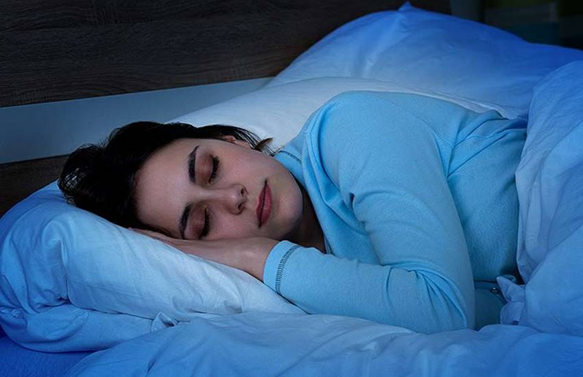 Snoring, Heart risk, Heart issues, Heart attack, Snoring and women, study, women health, women snoring, cardiac health, health news, hindi news, news in hindi, jansatta