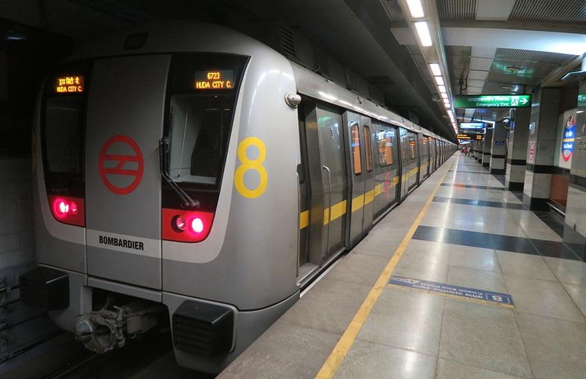 Delhi Metro's Yellow Line, Rajiv Chowk, HUDA City Centre, Rajiv Chowk towards Samaypur Badli, Yellow Line, Yellow Line Rajiv chowk