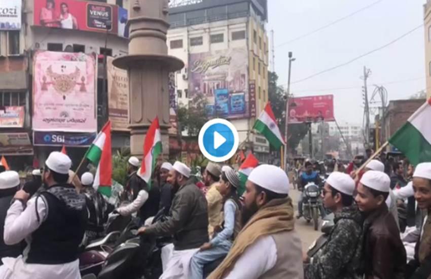 Republic Day 2019, Republic Day, Varanasi, Kashi, Benaras, Muslim, Bike Rally, Uttar Pradesh, UP, State News, Hindi News