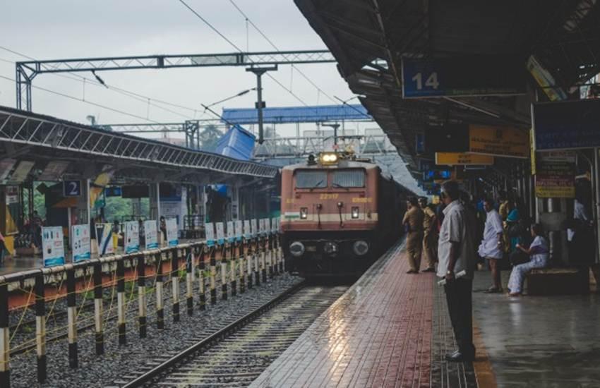 Indian Railways Platform Ticket, Railway Platform Ticket, Platform Ticket, Rules and Regulations, Ticket Checker, Ticket Checking Staff, Utility News, Hindi News