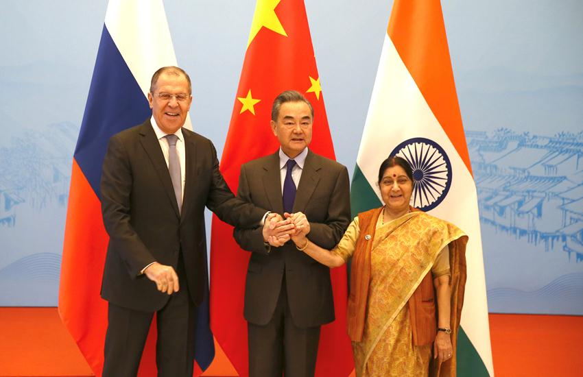 China FM with Indian FM