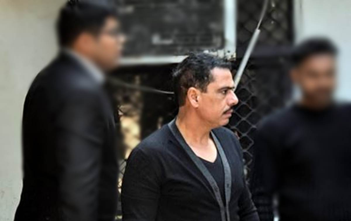 robert vadra family, robert vadra, robert vadra case, robert vadra case in hindi, robert vadra news, robert vadra, robert vadra property, robert vadra business, robert vadra age, robert vadra wife, sonia gandhi damad, robert vadra wiki, robert vadra sister, robert vadra net worth, robert vadra ed, robert vadra news in hindi, robert vadra business news, jansatta news, india news, latest news, news about india, state news, ED, Sanjay Bhandari