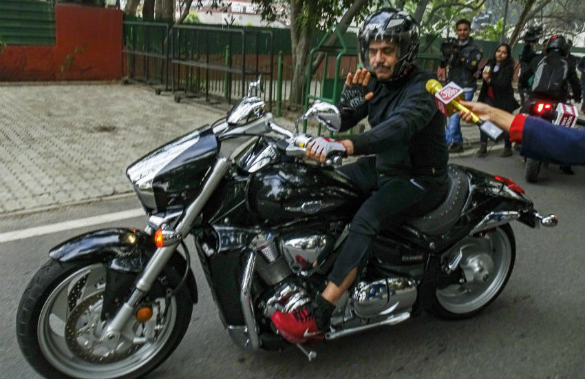Robert Vadra with Suzuki Boulevard
