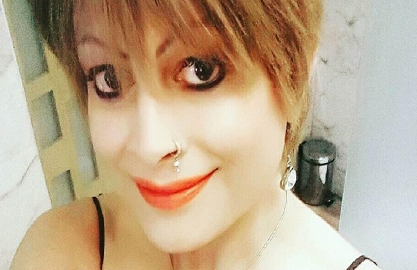 Transgender,The Hindu Marriage Act, 1955,sex reassignment surgery,Pankaj Sharma,Bobby Darling, Latest News,Live News,The Hindu Marriage Act, 1955,sex reassignment surgery,Pankaj Sharma,Bobby Darling,Bandra, बॉबी डार्लिंग, पंकज शर्मा, पाखी, लिंग, सर्जरी, तलाक, पति, रमणीक शर्मा, मुंबई, अदालत, हर्जाना, ओशीवारा, बांद्रा, दिल्ली, हिंदी समाचार