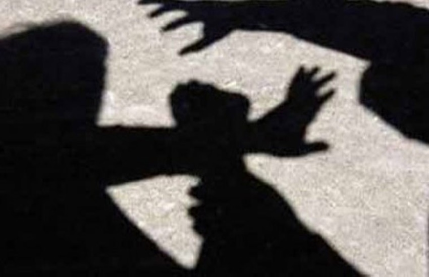 minor girl haressed in jharkhand