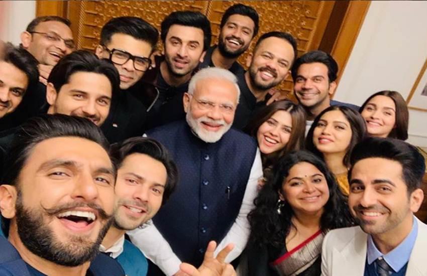 Narendra Modi, Akshay Kumar, Karan johar, Narendra Modi Tweet, Narendra Modi Twitter, Karan johar Akshay Kumar, अक्षय कुमार, करण जौहर