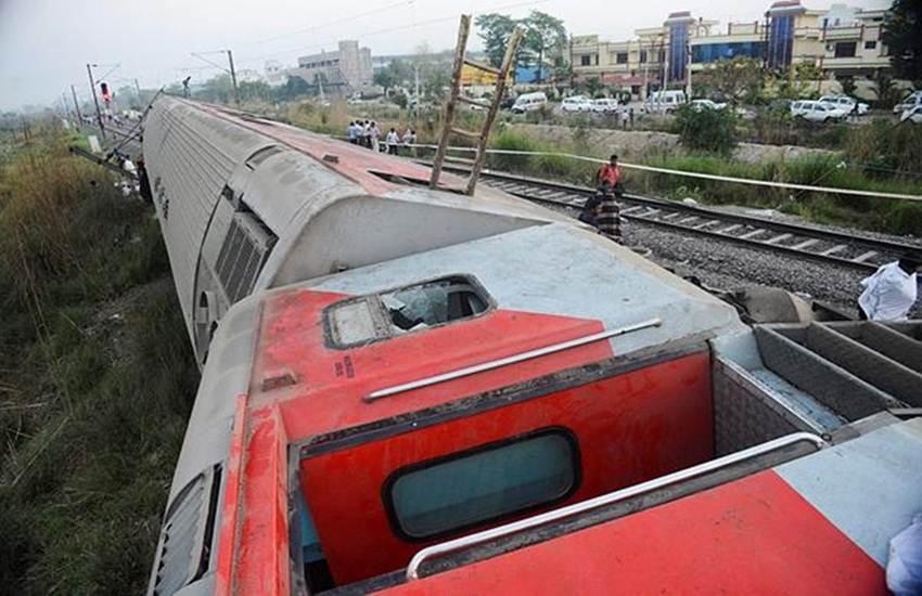 Indian Railways, Purva Express, LHB Coach, LHB, Train Accident, Purva Express Accident, Link Halfmen Bush, Railway Track, Rail Track, Rail Passenger, Rail Journey, IRCTC, jansatta news, Howrah-New Delhi Poorva Express