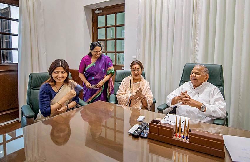 Poonam Sinha joins SP