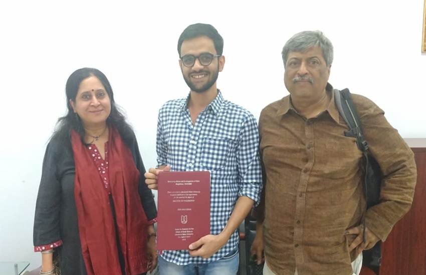 Umar Khalid, Dr.Umar Khalid, JNU, JNU Scholar, Phd Degree, Phd, Thank, Teachers, Professors, Tweet, Photo, New Delhi, JNU, State News, Trending News, India News, National News