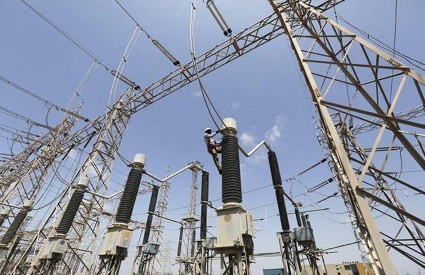 Uttar Pradesh, Electricity department, power cut, farmers, farmers protest Banda, illegal mining