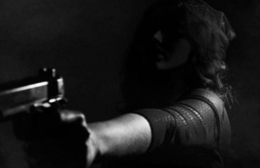 CRIME,. CRIME NEWS, GANGSTER, LADY GANGSTER