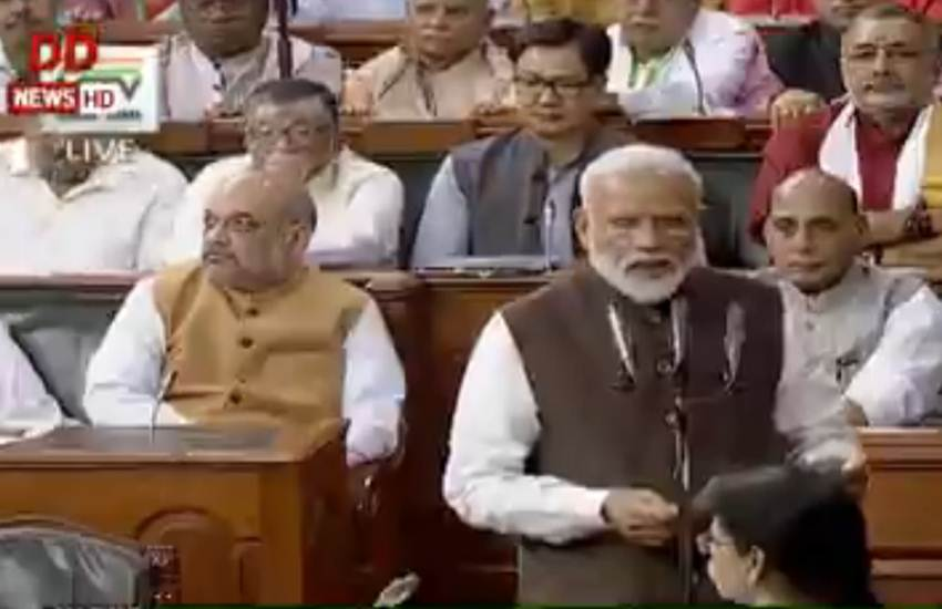 17th Loksabha, Loksabha, BJP MP, Oath, Narendra Modi, Modi Modi, Bharat Mata ki Jai, Rajnath Singh, Amit Shah, Sushma Swaraj, Thawar Chand Gehlot, Lal Krishna Advani, Seat, New Delhi, Loksabha News, Narendra Modi News, India News, National News, Hindi News