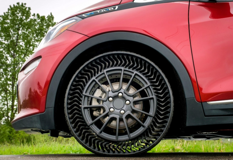 Michelin's Airless Tyres, Airless Tyres, puncher proof tyres, Airless Tyres price, Airless Tyres features, best puncher proof tyres, Michelin tyres price