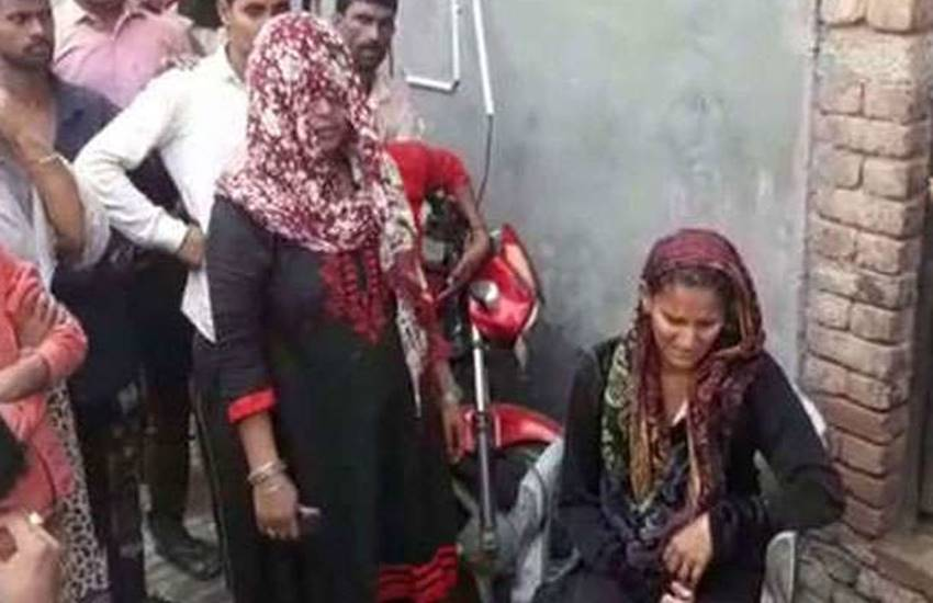 UP news, Bulandshahar, triple talaq, lok sabha, triple talaq bill, Police case, aligarh, SP Rural, Manish Kumar Mishra, india news, Hindi news, news in Hindi, latest news, today news in Hindi