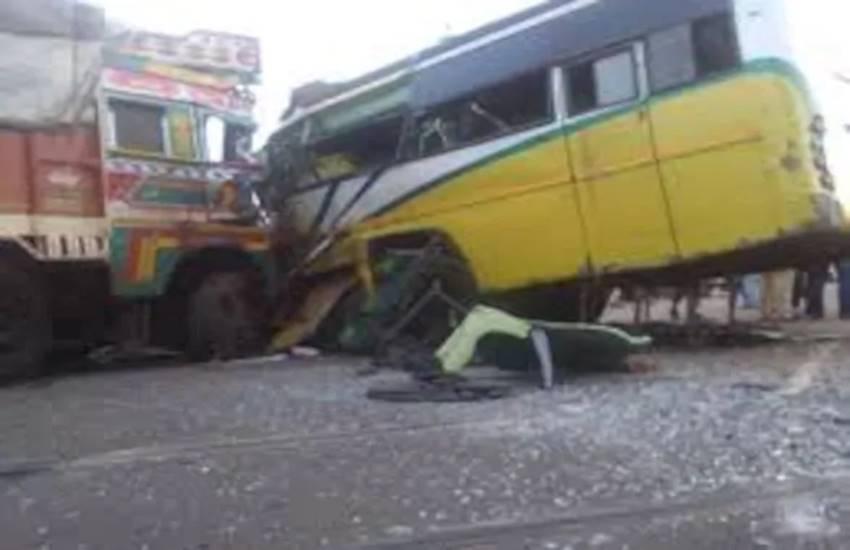 bus truck collision