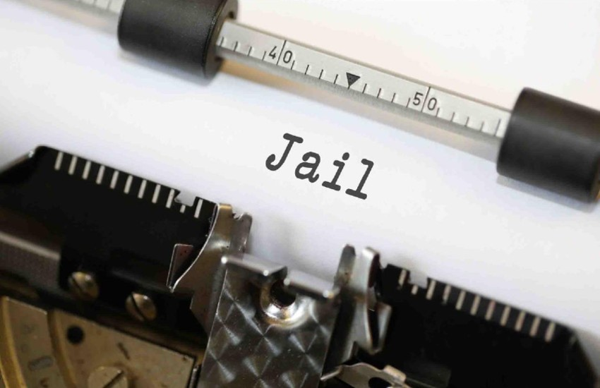 jail, trending story, viral content