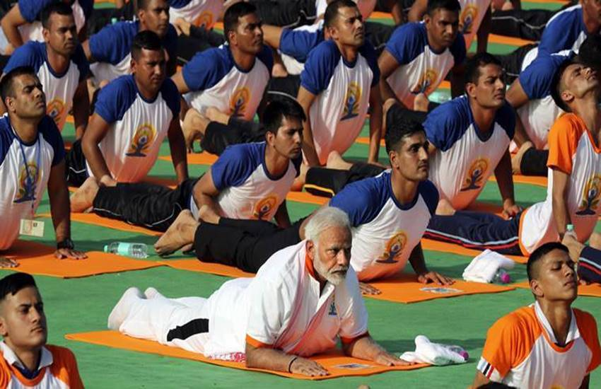 PM Modi, acute encephalitis syndrome, chamki bukhar, Muzaffarpur, encephalitis in Muzaffarpur, Muzaffarpur encephalitis, nitish kumar, dr harshvardhan, nda, yoga day, international yoga day