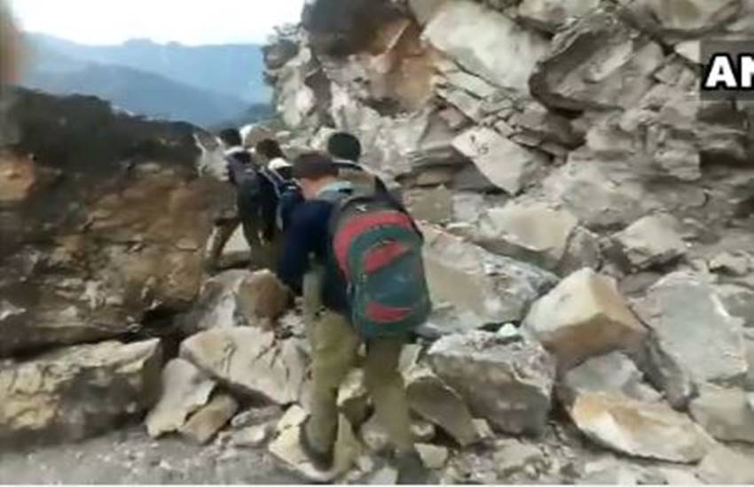 Pithoragarh, monsoon, weather, landslide, ambulance, uttarakhand school students, garhwal, kumaun, almora, IMD uttarakhand